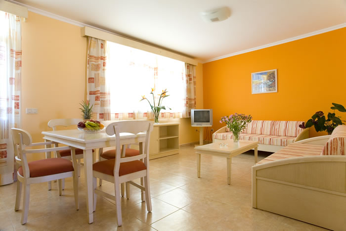 Villamar apartamentos villa mar apartamentos en morro jable fuerteventura juntoa la playa - Apartamentos baratos fuerteventura ...